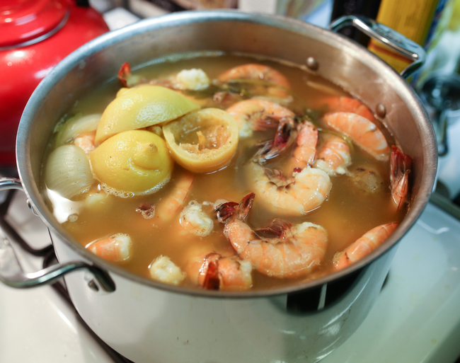 how to make a clam boil
